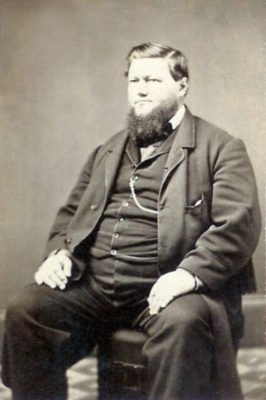Maurice M Schultz