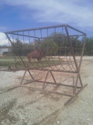 bison round bale feeder