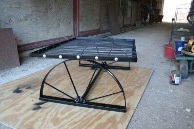 Wagon Wheel dog bed